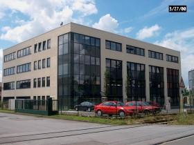 4-geschossiges Bürogebäude